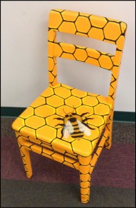 bee chair niles